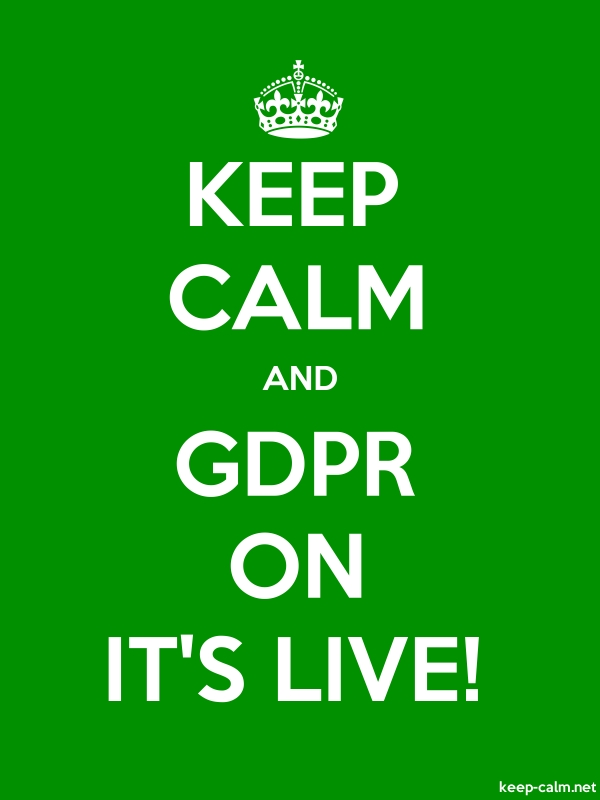KEEP CALM AND GDPR ON IT'S LIVE! - white/green - Default (600x800)
